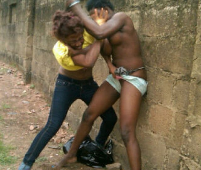 Uniben Girls Fighting Naked In Public